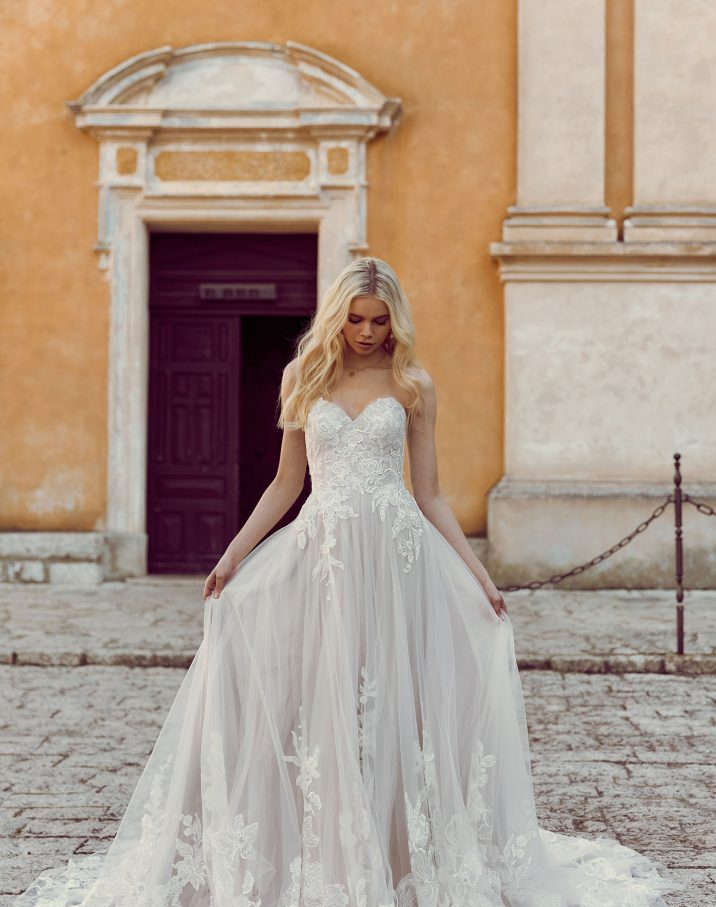 HAVEN-ML9119-STRAPLESS-SWEETHEART-NECKLINE-GOWN-WITH-FITTED-LACE-BODICE-AND-FLOATY-TULLE-SKIRT-WITH-LACE-AT-HEM-ZIPPER-BACK-AND-EXTRA-TULLE-AND-LACE-SHAWL-WEDDING-DRESS-MADI-LANE-BRIDAL6